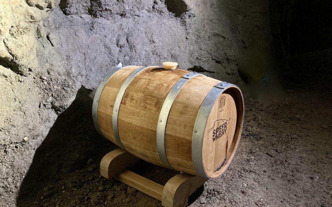 Der erste Speer Whisky ist in der Festung Grynau eingelagert
